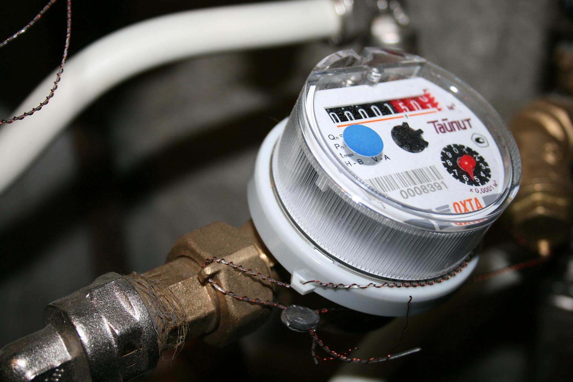 Ilustracja do informacji: Rusza weryfikacja umów na zaopatrzenie w wodę i sprawdzanie stanu liczników: