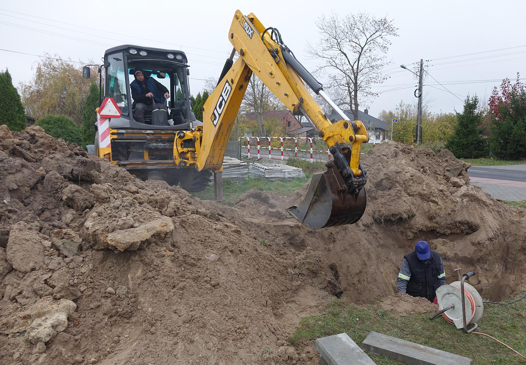 Ilustracja do informacji: Budowa wodociągowej spinki wyrówna ciśnienie wody w Niedyszynie i Postękalicach